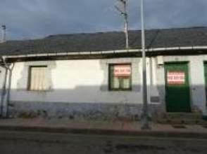 Casa en venta en Fabero